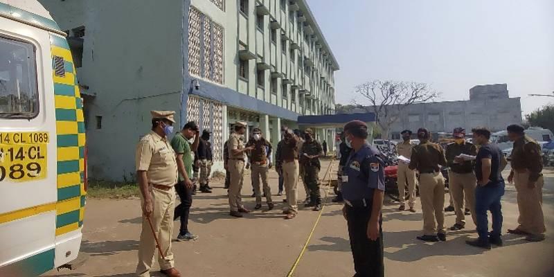 印度医院产科突发大火烧死10名婴儿,年龄都在几天至3个月