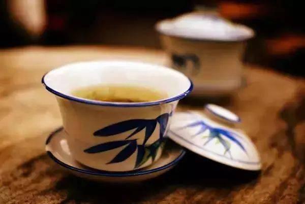 成都的茶馆,卖的不是茶!