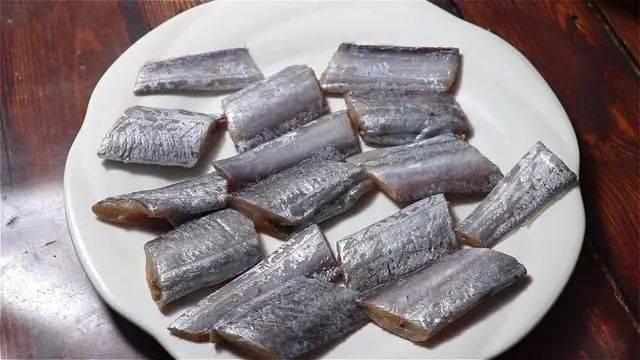 带鱼知识点!给爱吃带鱼的你划重点,好处多多,健康又美味!