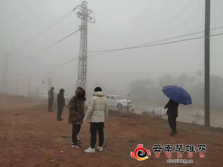 新村镇多举措积极应对近期降温降雪天气