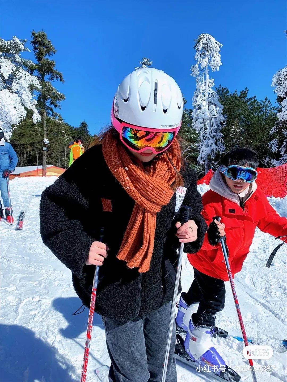 冰雪明月山,滑雪火出圈
