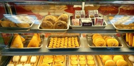 买面包时,聪明人很少买这5种,面包师:只有不懂的人喜欢吃