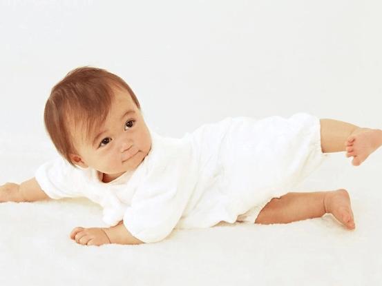 宝宝七个月不会翻身,必须做核磁共振吗?