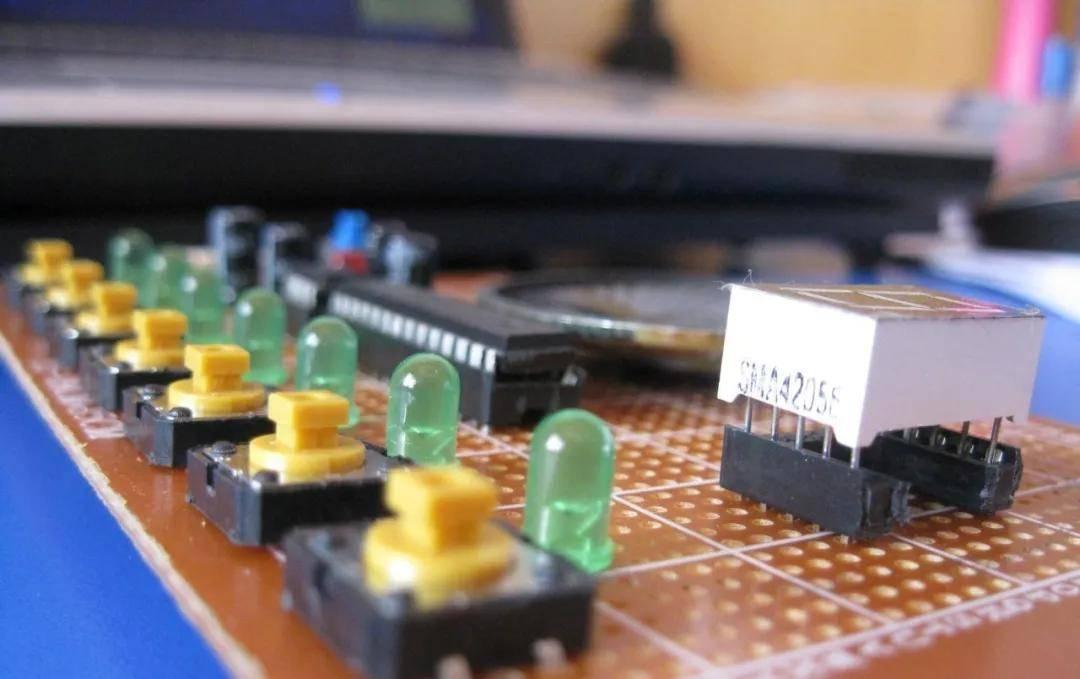 多功能数码电子琴怎么用?多功能数码电子琴教程