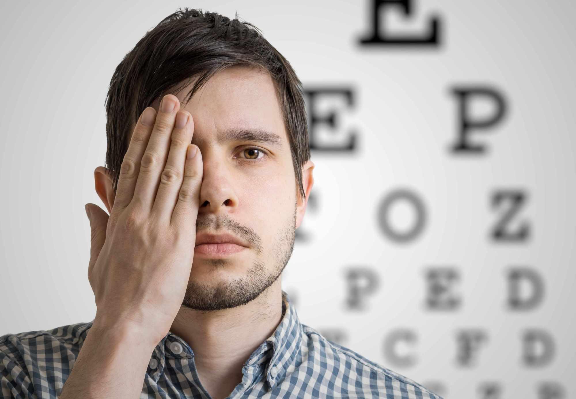"""甲亢病的表现,除了""""厌食症"""",竟可影响眼睛健康"""