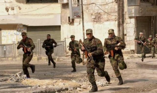 叙俄数十名军官被狙击手爆头,苏-34起飞,投下温压弹报仇雪恨