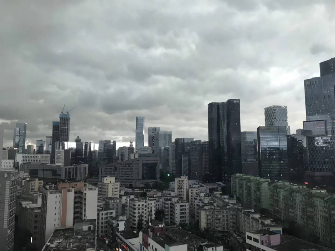 深圳学位房出事!家长下跪背后:楼市何去何从?