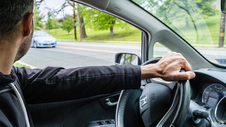 IIHS:自动驾驶只能制止1/3的交通事故