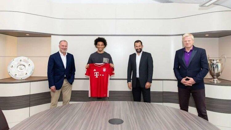 转会完成!萨内身穿拜仁战袍照流出 签约至2025年
