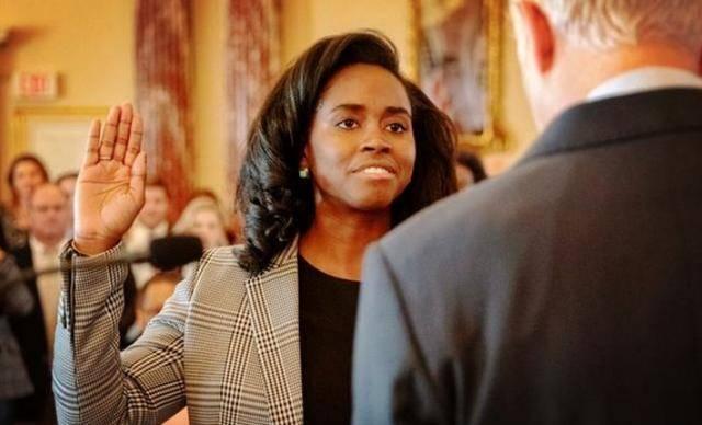 特朗普成光桿司令,大批白宮高官看不下去辭職,表態必須維護良心_美國