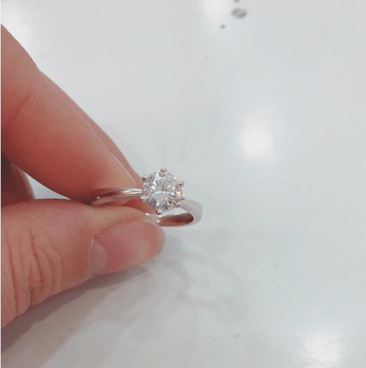 种草分享一款超时尚的魔星钻戒指给所有的宝藏女孩