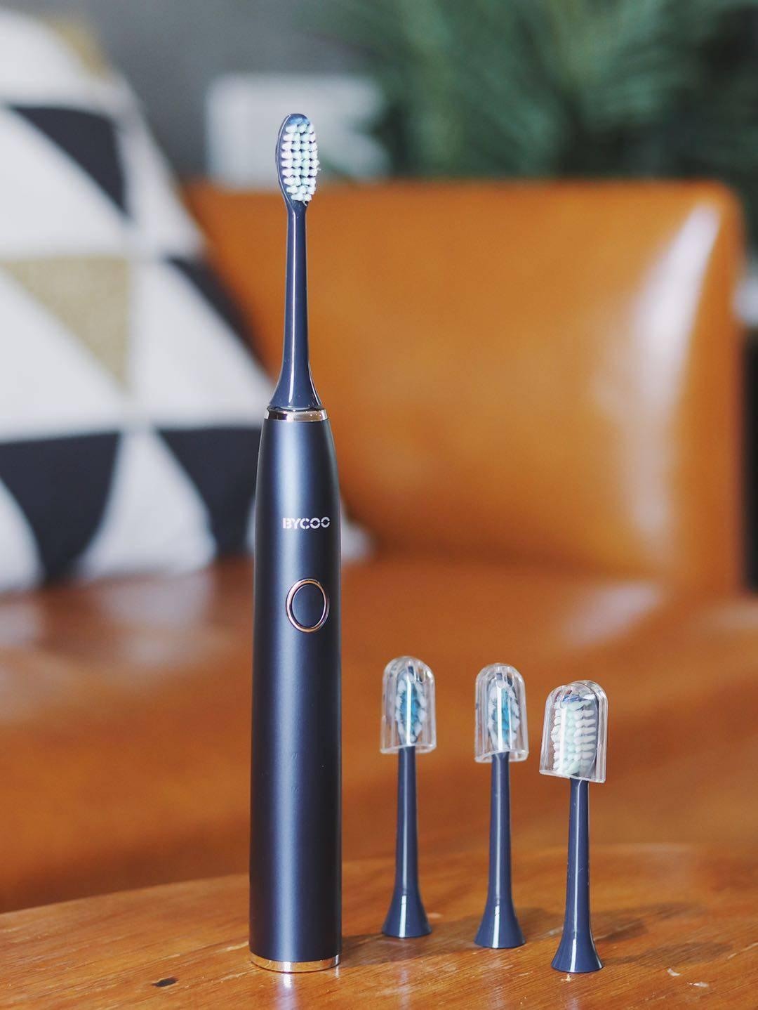 电动牙刷头多久换一次(三个月换牙刷骗局)