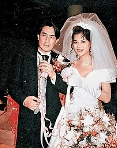 亚视第一选美冠军黎燕珊 秒杀王祖贤却为何独爱残暴丈夫