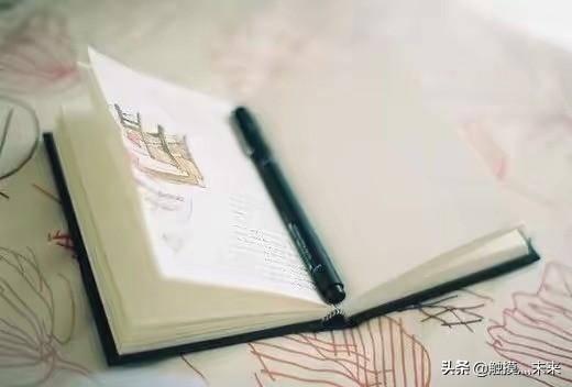 如何写小说赚钱(写小说月入2000有多难)