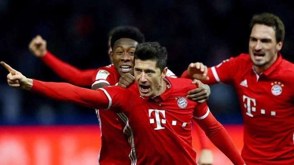 德甲拜仁慕尼黑VS沙尔克04 矿工难敌霸主,三冠王迎来赛季开门红