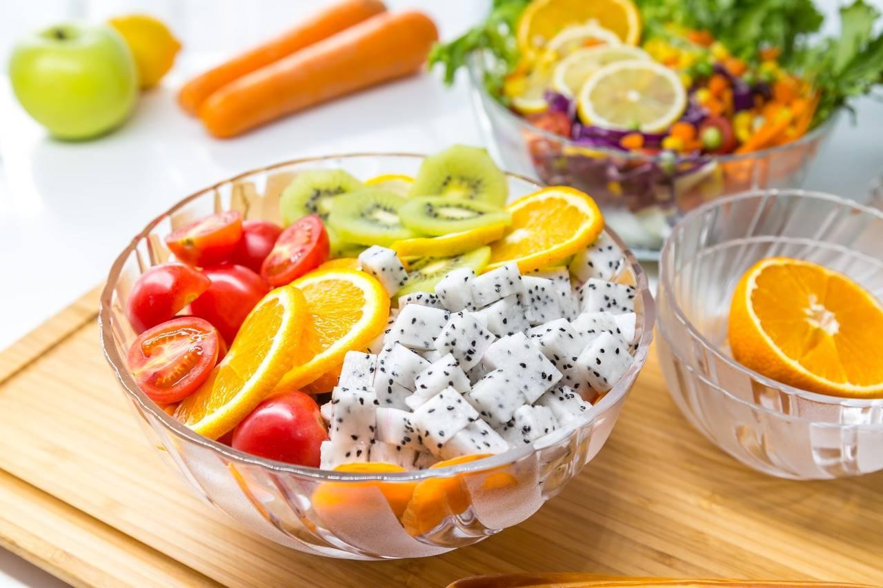 每天坚持吃水果的好处(十大经典美容养颜水果)