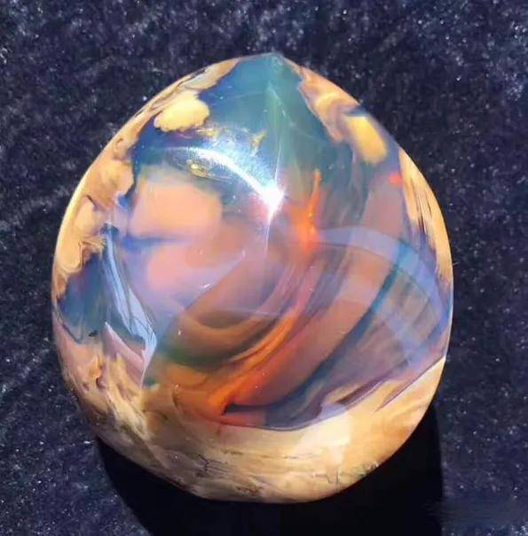 有杂质就不好看?这颗杂质的珠子,却美得不可方物!