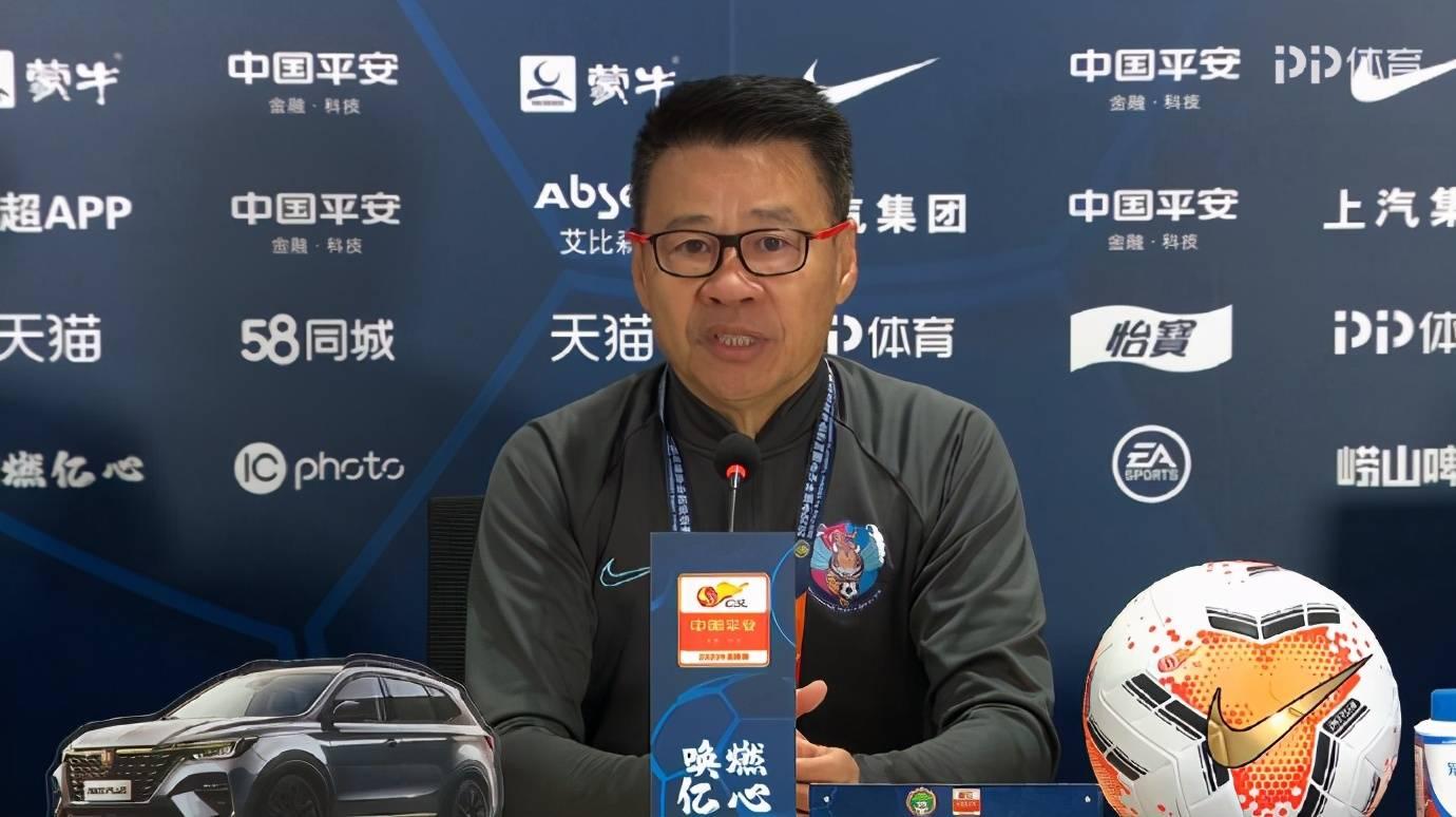 吴金贵:感谢球员团结拼搏的精神,能克制情绪,是对球员的认可
