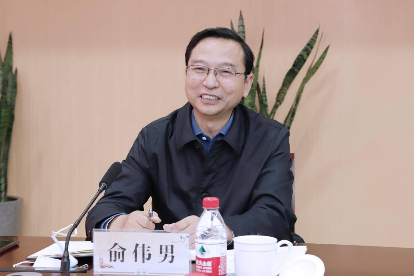 江苏省卫生健康委副主任朱岷一行调研盱眙县中医院