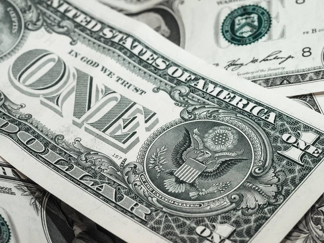 公募基金规模首次突破18万亿?基金火爆日光的背后原因何在?
