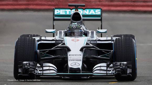 f1赛车快还是超跑快(F1赛车需要花费多少钱)插图(2)