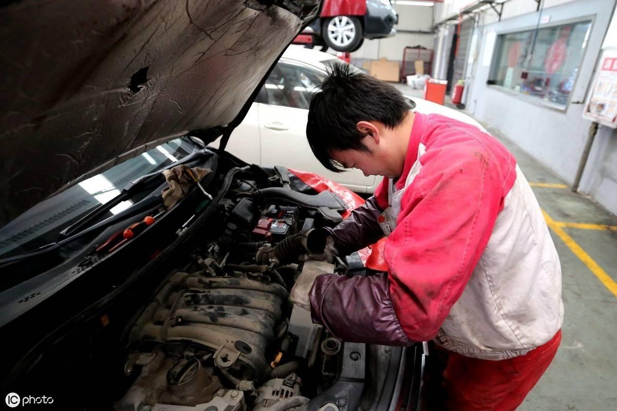清洗发动机多少钱(行驶多少公里需要清洗发动机)插图