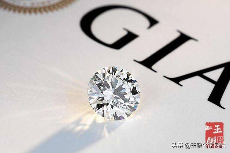 钻戒的钻石怎么分等级(什么级别的钻石值得买)