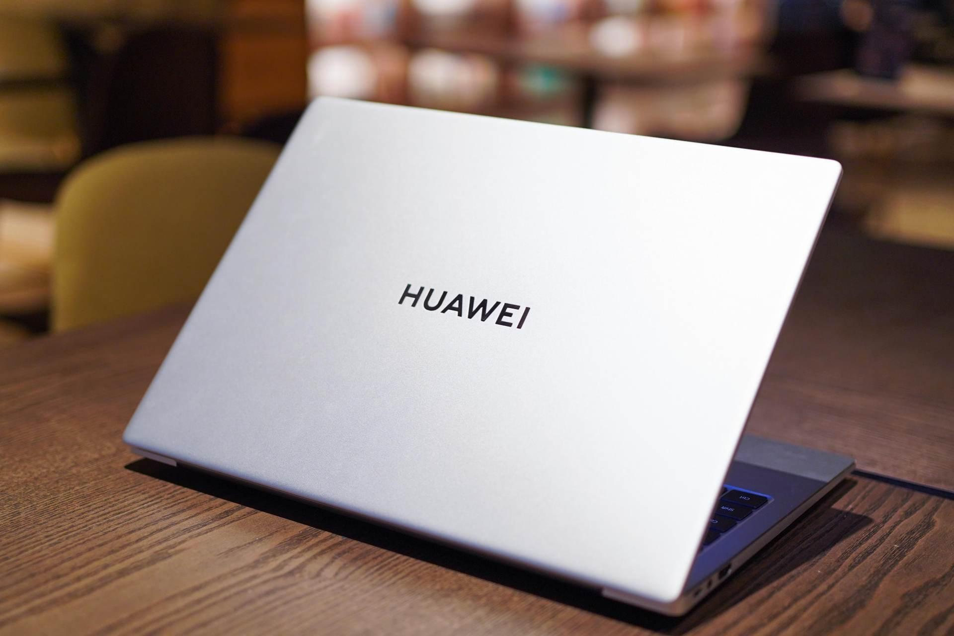 """英雄""""本""""色,华为MateBook 14 2021款性能和体验不"""