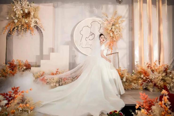 一场温馨的香槟婚礼,你喜欢这种风格吗?