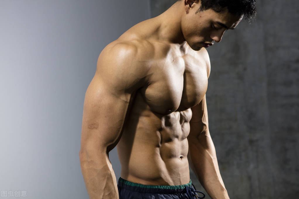 练腹不要只做卷腹了!一组腹肌训练,帮你雕刻男神的六块腹肌!