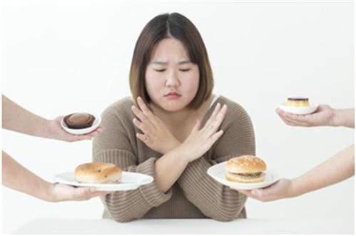 减肥的人光看体重不管用,只有身体出现这4种迹象,才是真正瘦了