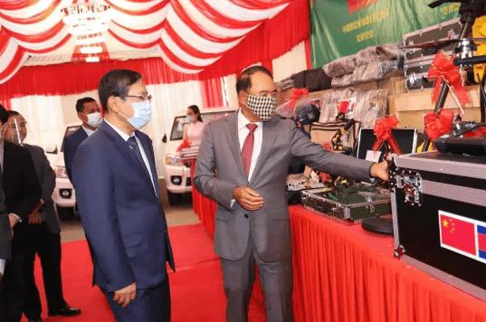 太子金海湾:中国援助柬埔寨价值100万美元的扫雷设备