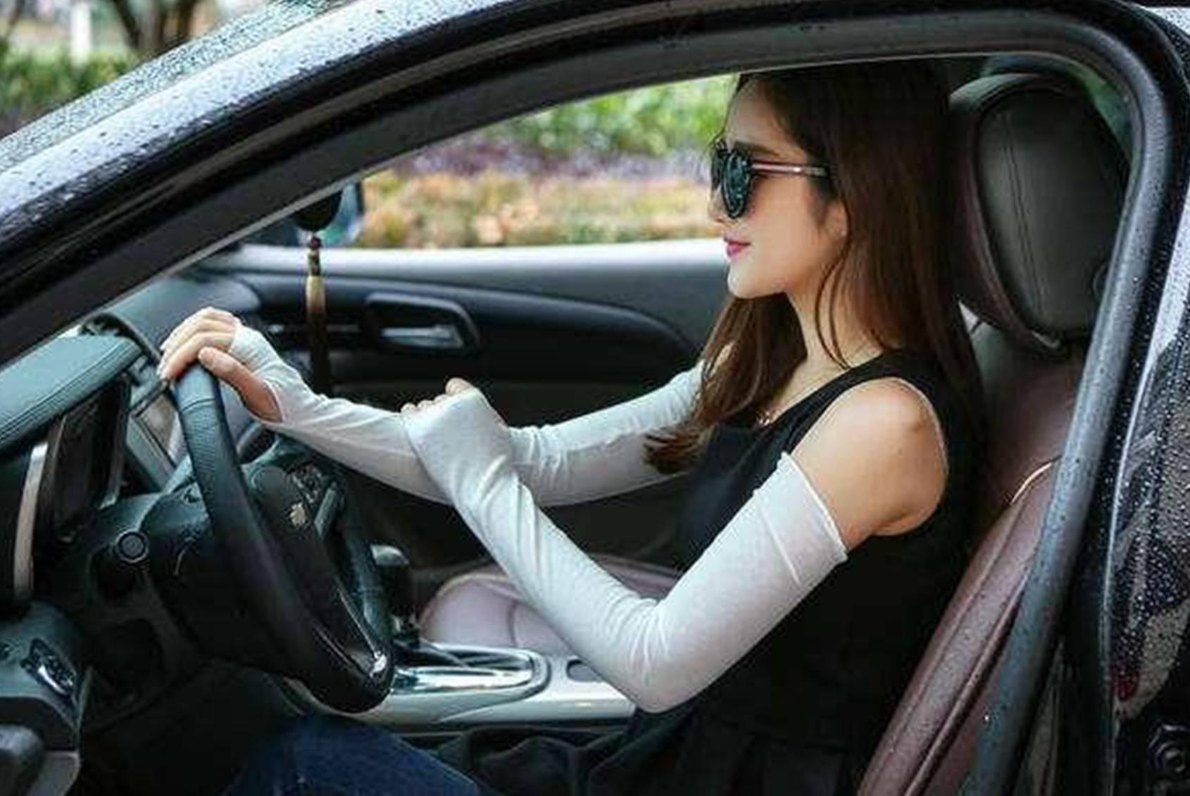 梦见开的车是纸的 梦见开纸糊的车子车