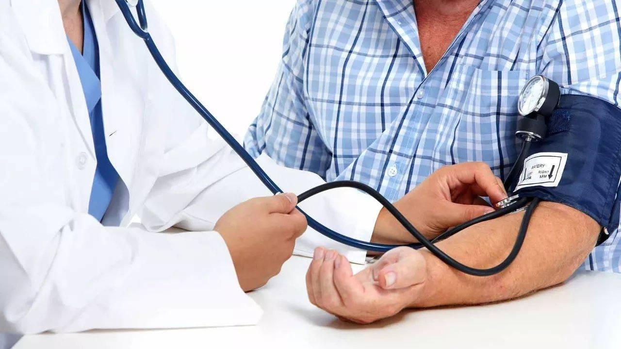高血压患者不能碰的3种食物,多吃一口也会影响血压