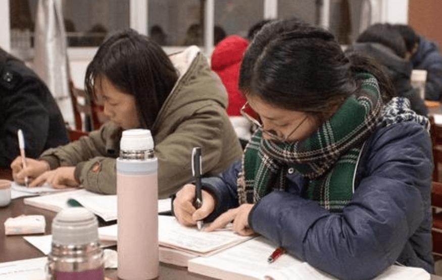 大学期末考试并不难,为什么学生会有挂科的情况?