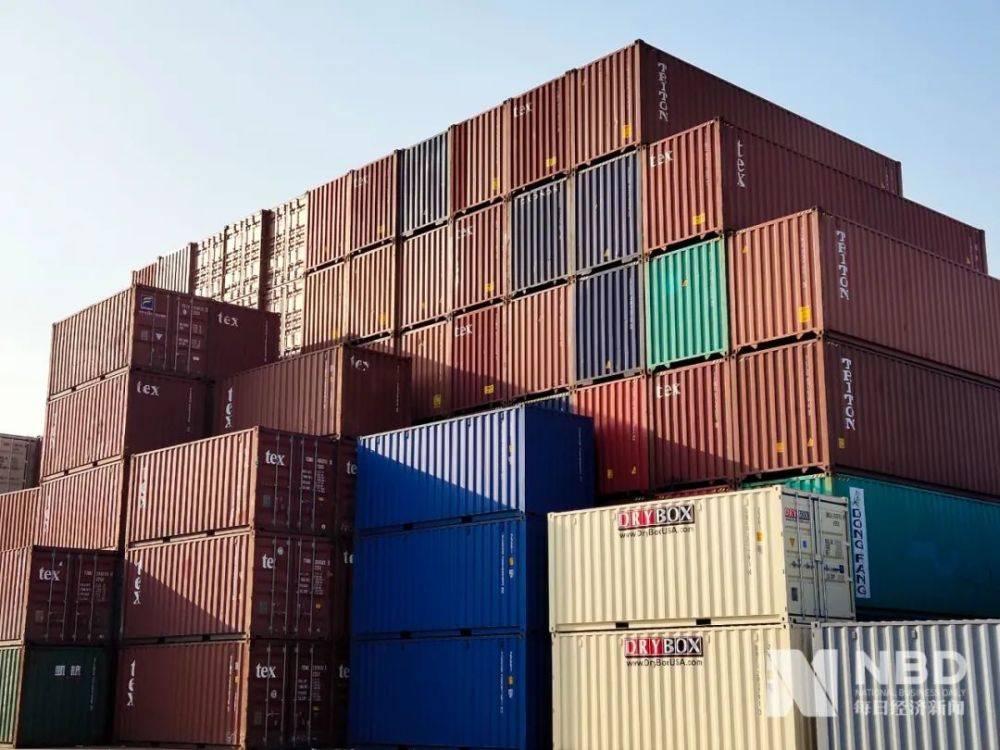 海运费半年涨了五倍。集装箱租金达到了12年来的最高水平。为什么船东和外贸都说钱难赚