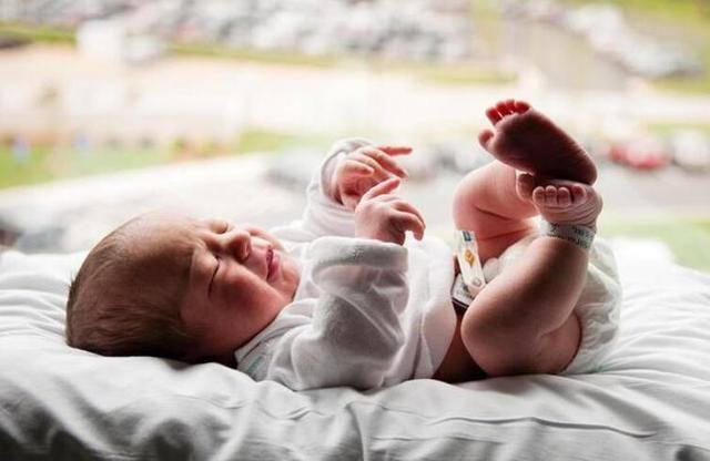"""原创哈佛研究表明:宝贝出生时""""几斤几两"""",是智商高低的""""密码锁"""""""