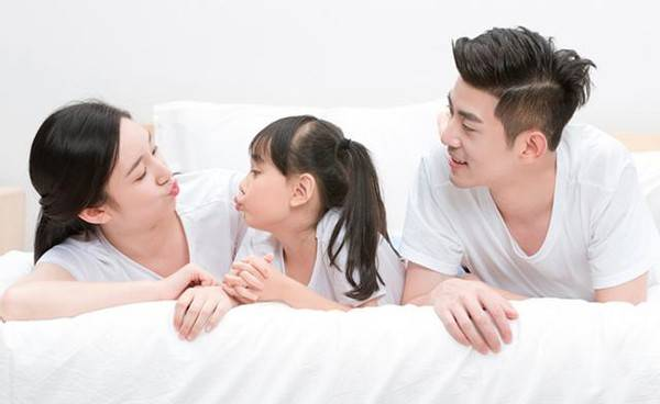"""原创如何培养高智商宝宝?创造良好的""""语言环境"""",孩子长大后更聪明"""
