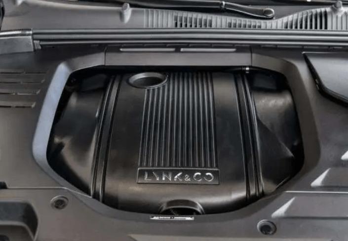 搭载03+同款发动机,配备四出排气,领克难道要推02+?