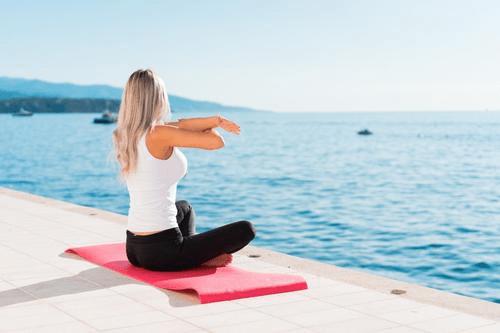 拉菲8平台app:什么是纤体瑜伽