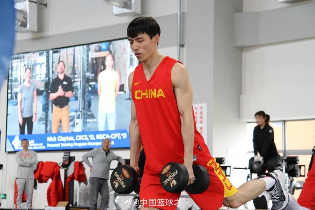 亚预赛出现几乎没难度 为奥运落选赛蓄力是真正目标_杜锋