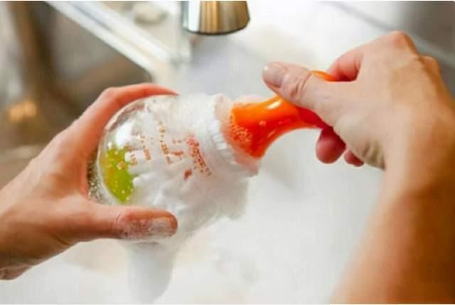 清洗奶瓶也有小技巧,这3种错误方式的清洗方式,你中招没
