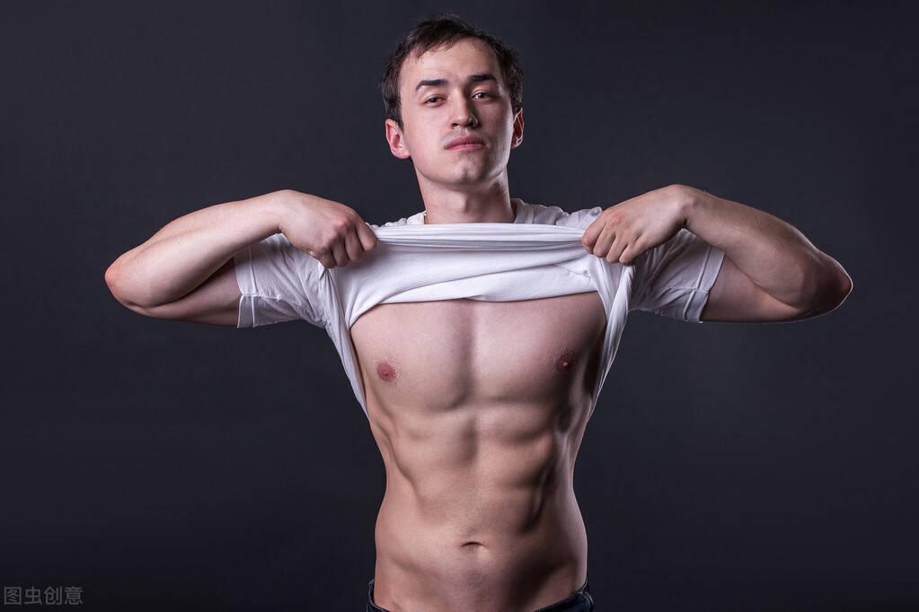 斗牛牛游戏在线:新手如何健身?减脂靠有氧运动,而增肌靠力量训练!