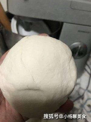 大妈教你做家常烙饼,凉了也不硬,软嫩香酥,学会可以在家露一手