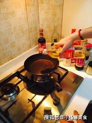 番茄别再炒蛋了,试试这么做,营养又开胃,孩子吃一次就忘不了!