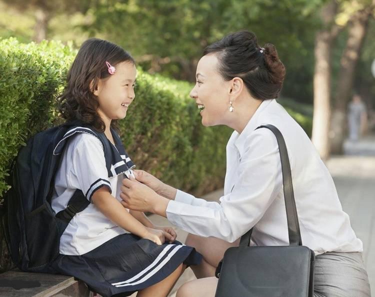 """孩子之所以成为任人欺负的""""软柿子"""",可能跟家长三种行为有关"""