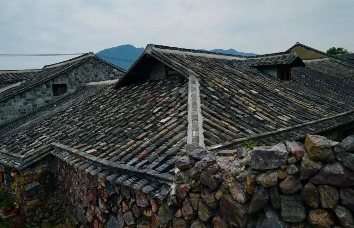 """浙南东海之滨的这个小镇,因矾而生而盛,被誉为""""世界矾都"""""""