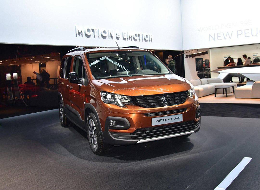海外卖得超火!论实用性 这款法国新车能比五菱好用?