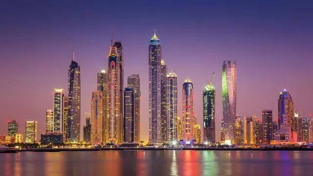 """迪拜要建的这栋""""涡轮""""大楼火了!两天转一圈!"""