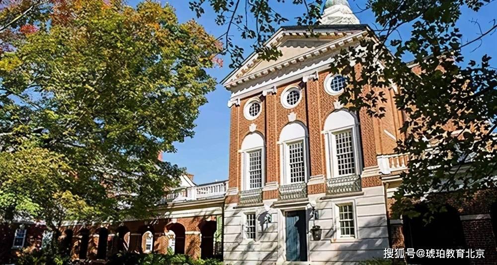 国内超认可的10所英国高校,曼大超越UCL,华威大学强势入选
